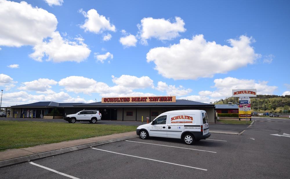 Schultes Meat Tavern Plainland Somerset Property